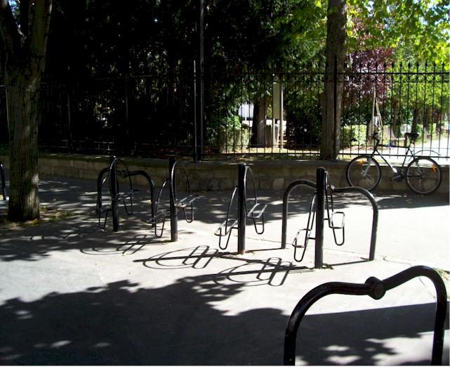 Où garer son vélo ? dans Accueil parcbecon1