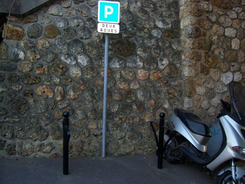 MDB COURBEVOIE LA DÉFENSE » Où garer son vélo